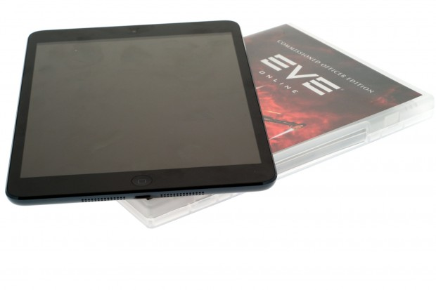 Das iPad Mini ist in etwa so groß wie eine DVD-Hülle. (Bilder: Andreas Sebayang/Golem.de)