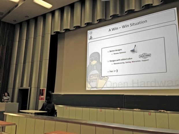 Open Hardware - laut Cern-Mitarbeiterin Evangelia Gousiou gibt es viele Gründe bei kritischen Infrastrukturen auf geschlossene Hardware zu verzichten (Bild: ck/Golem.de)