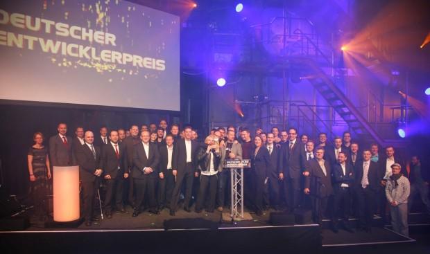 Die Gewinner des Deuschen Entwicklerpreises auf der Bühne (Bild: Aruba Events).
