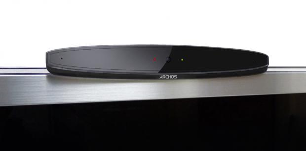 Das Smart-TV-System wird auf dem Fernseher befestigt. (Bild: Archos)