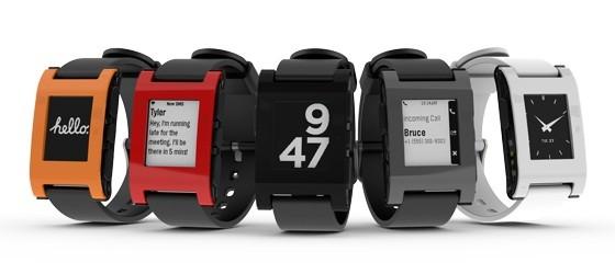 Pebble Smartwatch - die fünf angebotenen Farben (Bild: Pebble Technology)