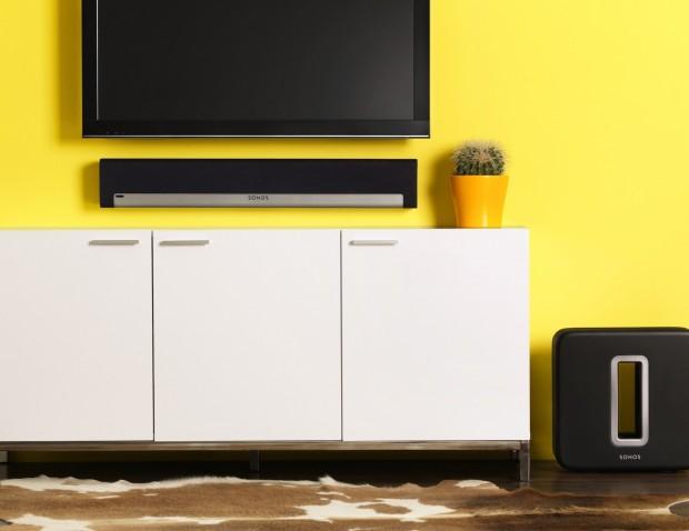 Sonos Playbar - lässt sich an der Wand oder auf TV-Möbeln platzieren. (Bild: Sonos)