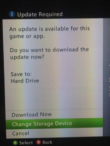 Beispiel: Nat Brown kritisiert, dass die Xbox 360 unnötig fragt, wo ein Update hininstalliert werden soll. (Bild: Nat Brown)