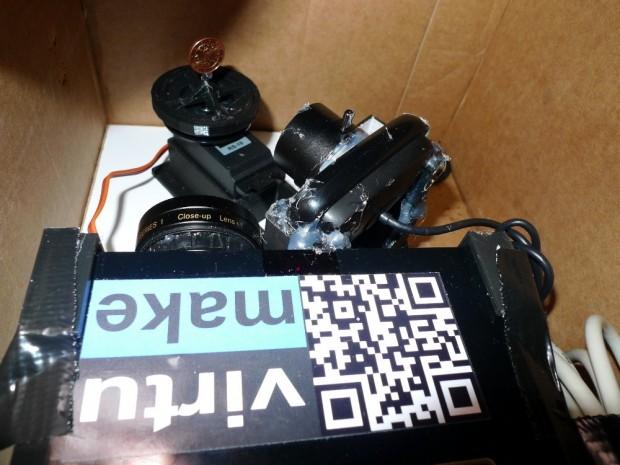 Virtuzoom Microscope mit Projektor, Drehteller und Webcam (Bild: Bernhard Mayrhofer)