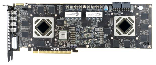 Die 7990 mit zwei Tahiti-GPUs und PLX-Bridge. (Bilder: AMD)