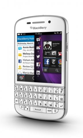 Das Smartphone läuft mit Blackberrys neuem Betriebssystem Blackberry 10 und hat eine Hardwaretastatur. (Bild: Blackberry)