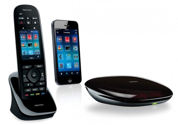 Harmony Ultimate, Smartphone mit Harmony-App und Harmony Hub (Bilder: Logitech)
