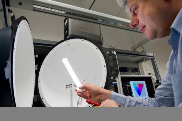 TLED-Prototyp mit einer Lichtausbeute von 200 Lumen pro Watt (Bild: Philips)