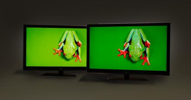 Links ein herkömmliches LCD, rechts eines mit 3Ms Quantum Dot Enhancement Film (QDEF). (Bild: 3M)