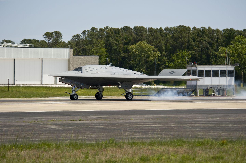 X-47B: Erster Katapultstart einer Drohne vom Flugzeugträger -