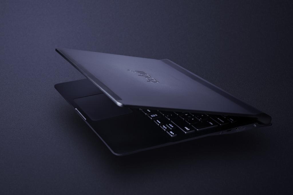 Prototyp: Notebook schaut dem Anwender in die Augen - Notebook-Prototyp von Tobii und Synaptics (Bild: Tobii/CC BY 3.0)