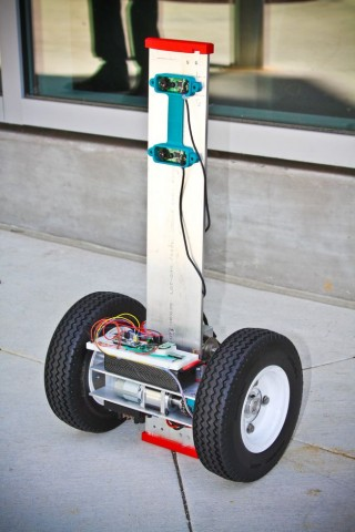 Roboter FFR (Foto: Jacobs School of Engineering/UCSD)