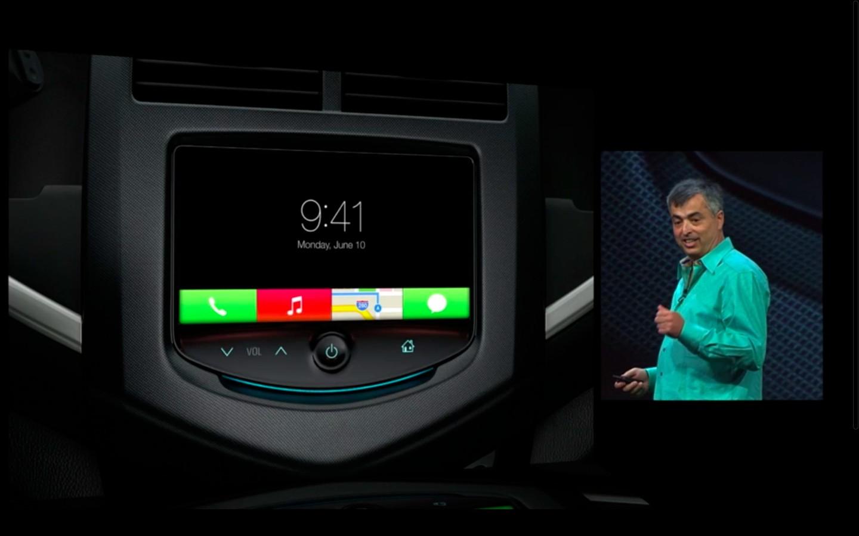 Apple: iOS 7 mit Multitasking und neuem Interface - iOS 7 im Auto (Bild: Apple/Screenshot: Golem.de)