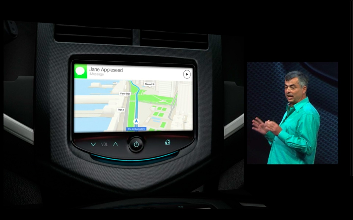 Apple: iOS 7 mit Multitasking und neuem Interface - Apple Maps im Auto (Bild: Apple/Screenshot: Golem.de)