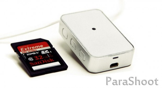 Parashoot ist kaum größer als eine SD-Karte. (Bild: Matt Sandy, Colin Glaum)
