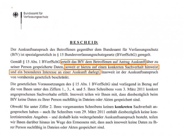 Geheimdienstlogik. Auszug aus einem Schreiben des Verfassungsschutzes. Auch der BND beruft sich auf ein Gesetz, wonach Akteneinsicht nur möglich ist, wenn ich vorher sage, was über mich gespeichert ist. (Bild: Mathias Priebe)