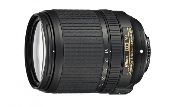 Nikon AF-S DX Nikkor 18-140 mm 1:3,5-5,6G ED VR (Bild: Nikon)