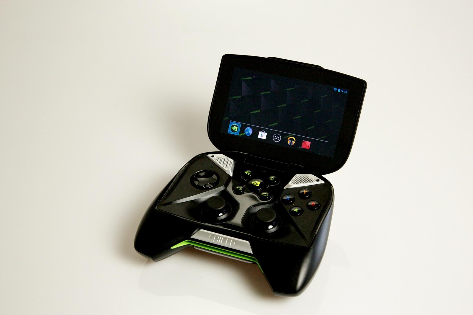 Nvidia Shield im Test: Android-Gameboy auf Steroiden - Das IPS-Panel misst 5 Zoll in der Diagonalen. (Bild: Fabian Hamacher/Golem.de)