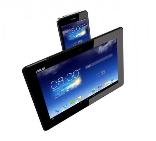 Padfone Infinity A86 im Tablet-Dock (Quelle: Asus)