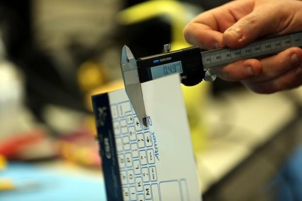 Weniger als 0,5 Millimeter ist sie dick, ... (Bilder: CSR)
