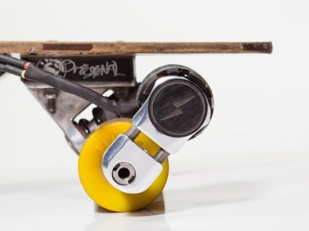 kickr elektroantrieb f r skateboards zum nachr sten. Black Bedroom Furniture Sets. Home Design Ideas