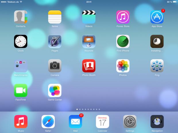 Die App-Übersicht auf dem iPad: Man beachte die beiden Apps, die gerade aktualisiert werden. (Screenshot: Golem.de)