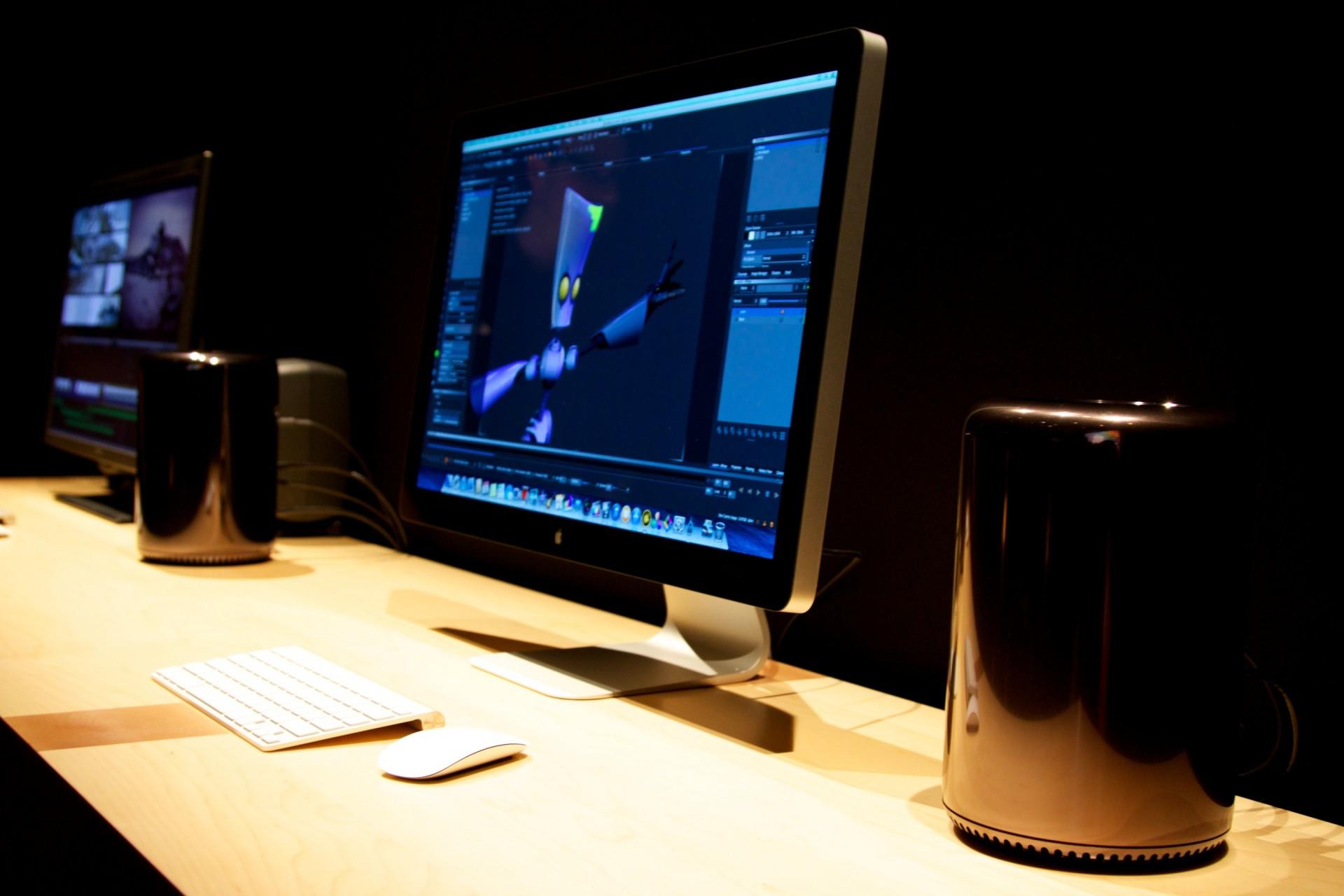 Apple: Mac Pro wird ab 19. Dezember 2013 verkauft - Mac Pro im Hands on