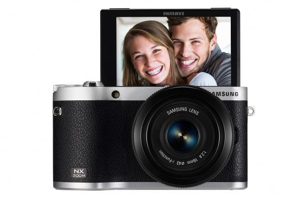 Samsung NX300M (Bild: Samsung)