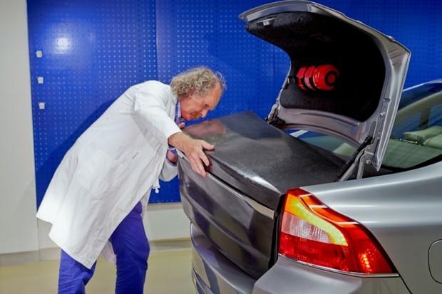 Volvos Stromspeicher als Kofferraumdeckel (Bild: Volvo)