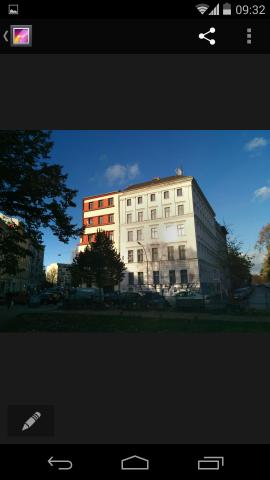 Die Galerie-App hat jetzt einen umfangreichen Fotoeditor. (Screenshot: Golem.de)