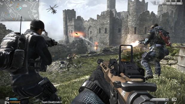 Hier mal ein Screenshot zum Vergleich aus dem Multiplayermodus der PS3-Version. Die Texturen sind sichtbar schwammiger und niedriger aufgelöst; sowohl bei Figuren als auch der Waffe. (Bild: Golem.de)