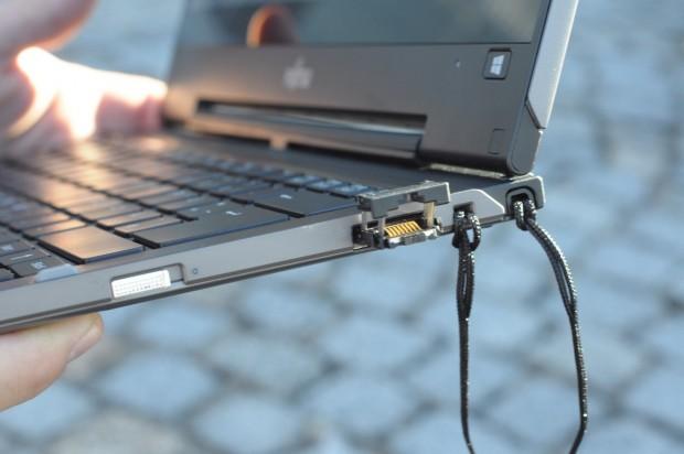 Die Netzwerkschnittstelle kommt ohne Dongle aus... (Foto: Andreas Sebayang/Golem.de)