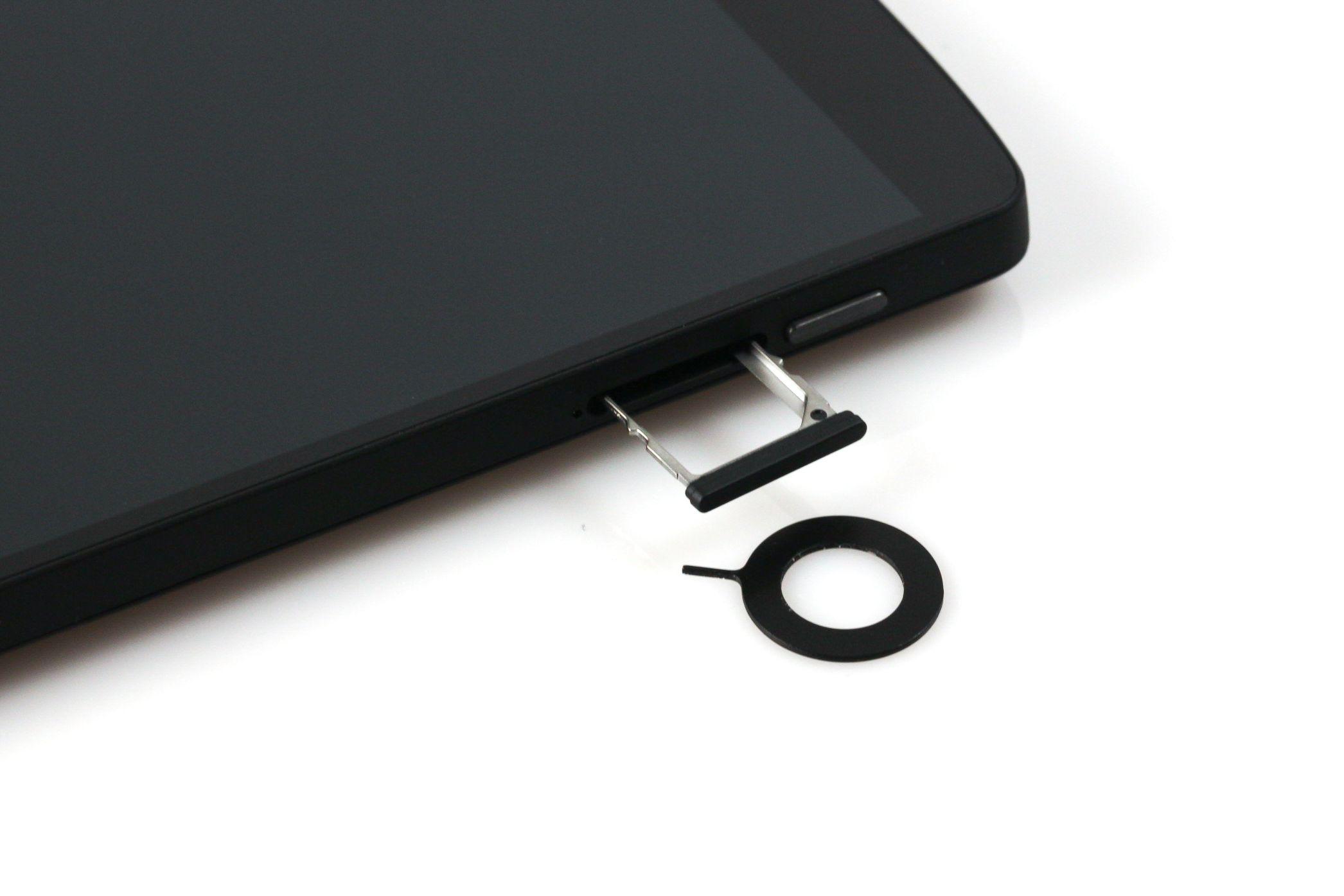Nexus 5 im Test: Schlicht schick - Das Nexus 5 (Foto: Nina Sebayang/Golem.de)