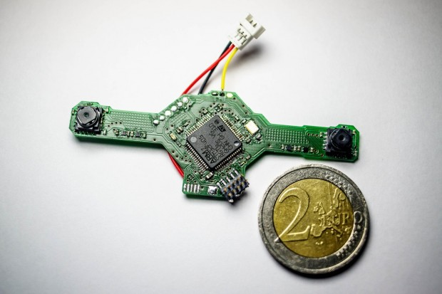 Stereokamera des Delfly Explorer (Bild: Uni Delft)
