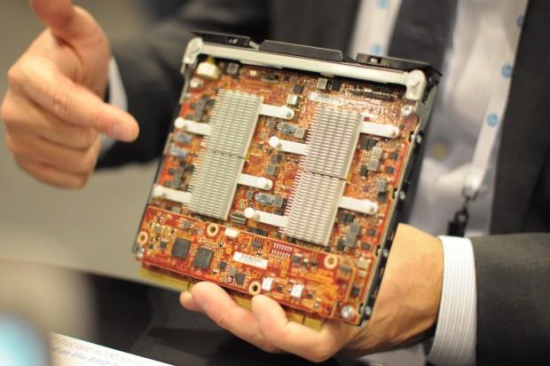 Ein M700-Modul mit vier Opteron X für das Converged System 100. Der Arbeitsspeicher ist auf der Rückseite untergebracht. (Foto: Andreas Sebayang/Golem.de)