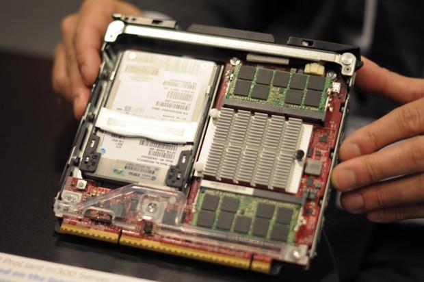 Intels Avoton (Atom C2750) steckt auf diesem M300-Modul. (Foto: Andreas Sebayang/Golem.de)
