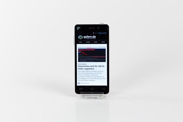 Das Fairphone ist ein aus überwiegend fair gehandelten Rohstoffen hergestelltes Android-Smartphone. (Bild: Tobias Költzsch/Golem.de)