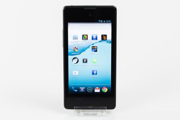 Das Yotaphone hat einen 4,3 Zoll großes LC-Display auf der Vorderseite...