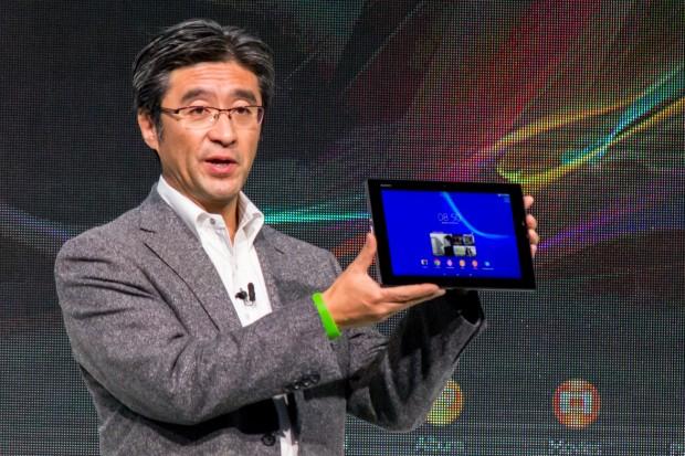 Sony-Mobile-Chef Kunimasa Suzuki präsentiert das Tablet. (Bild: Tobias Költzsch/Golem.de)