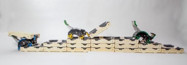 Roboter Isis, Kali und Nargun im Einsatz (Foto: Eliza Grinnell/SEAS Communications)