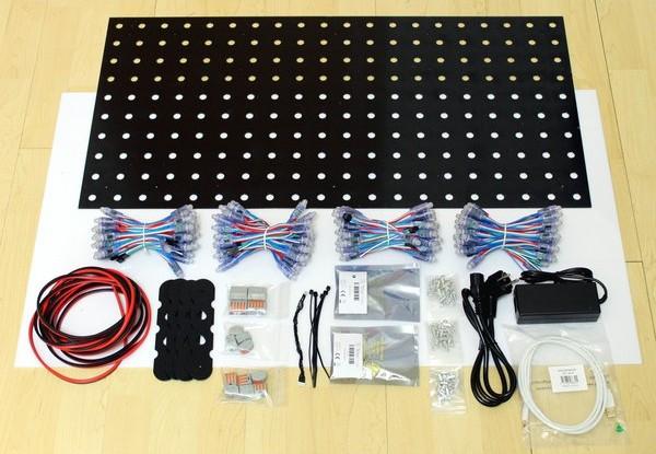 Die Einzelteile des Blinkenlights-Kits (Foto: Tinkerforge)