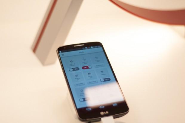 LGs Lampen lassen sich per App steuern. (Foto: Andreas Sebayang/Golem.de)
