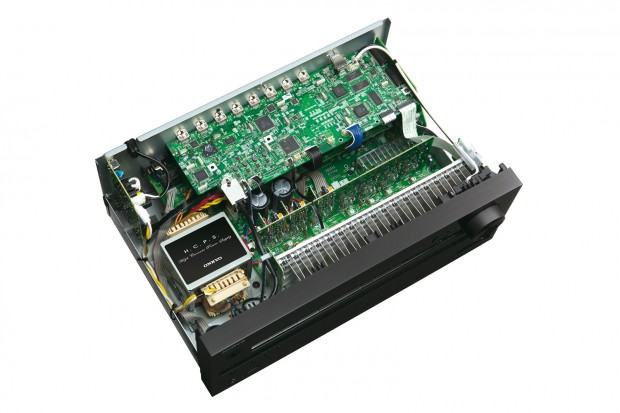 Der 4K-Receiver Onkyo TX-NR636 (Bilder: Onkyo)