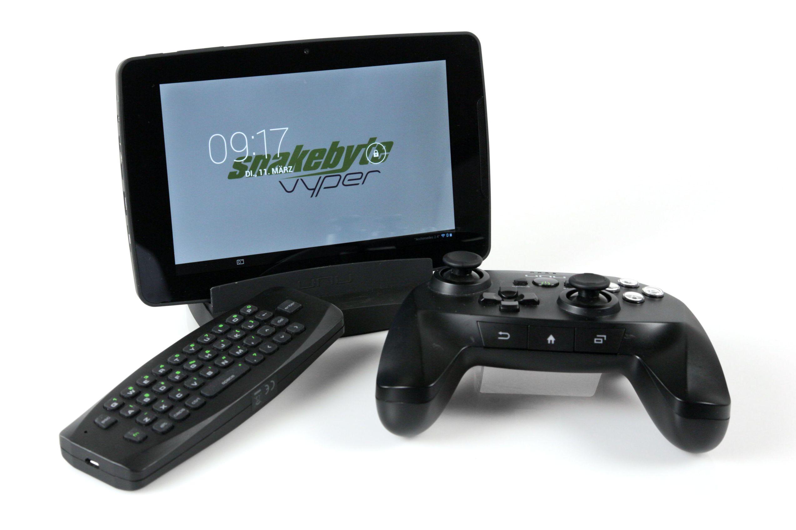 Snakebyte Vyper im Test: Gut gedacht, schlecht gemacht - Das Snakebyte Vyper ist Tablet, Smart-TV-Erweiterung und Spielekonsole zugleich. (Bild: Nina Sebayang/Golem.de)