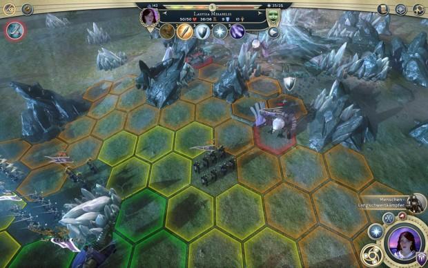 Die Farben der Hexfelder zeigen an, wie viel Kampfkraft nach dem Ziehen der Einheiten bleibt. (Screenshot: Golem.de)