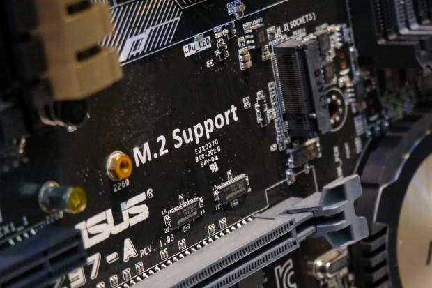 Die M.2-Schnittstelle für PCIe-SSDs (Foto: Marc Sauter)