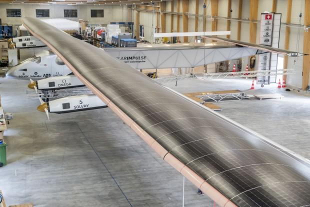 Das Solarflugzeug Solar Impulse 2 wurde am 9. April 2014 auf dem Schweizer Flughafen Payerne vorgestellt. (Foto: Solar Impulse)