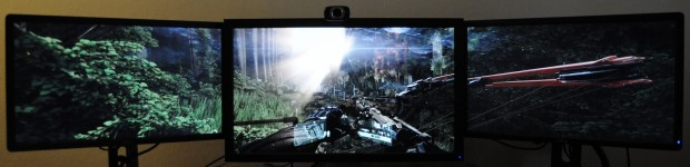 Bei Crysis 3 mit 6.400 x 1.440 Pixeln sitzt das HUD an der richtigen Stelle... (Foto: Nico Ernst/Golem.de)