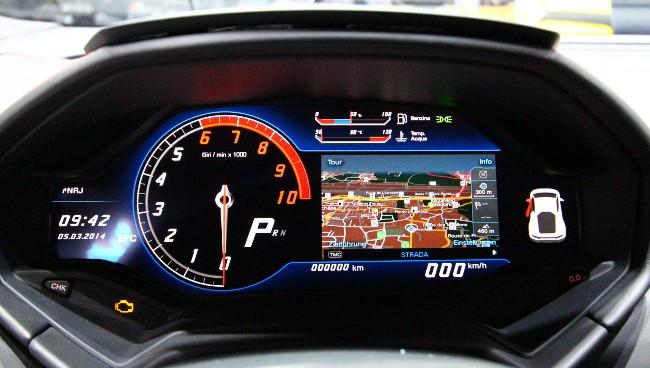 Tegra 3: Nvidia fährt im Lamborghini Huracán mit - ... und diesen Mixed Mode mit Karte und Fahrdaten... (Bilder: Lamborghini)
