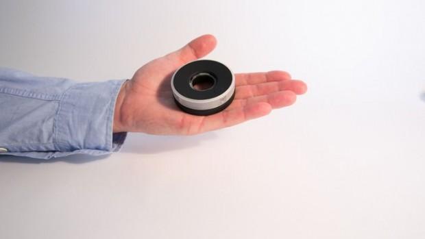 Die Centr Cam ist eine handliche Videokamera, die zylindrische 360-Grad-Panoramen aufnimmt. (Bild: Centr Cam)